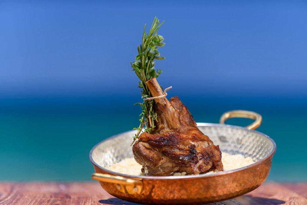 Beachcomber Bar & Restaurant Stalida Crete - allincrete.com