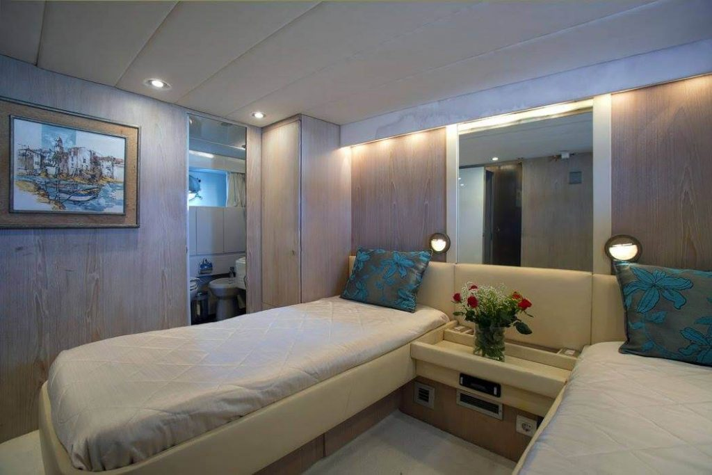 Summer Dream Creta Yacht Rethymno Crete - allincrete.com