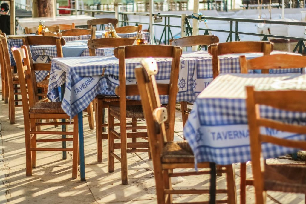 Restaurant Nea Chora Harbour Chania Crete - allincrete.com